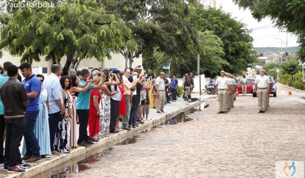 Imagens da Prefeito Fábio Miranda participa de formatura de novos policiais militares em Seabra