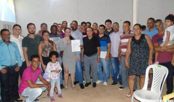 Assinatura da ordem de serviço da estrada do Bebedouro