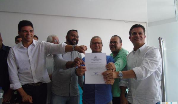 Cerimônia de assinatura de ordem de serviço da Maternidade Frei Justo Venture