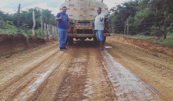 Melhorando de estrada  na Zona rural
