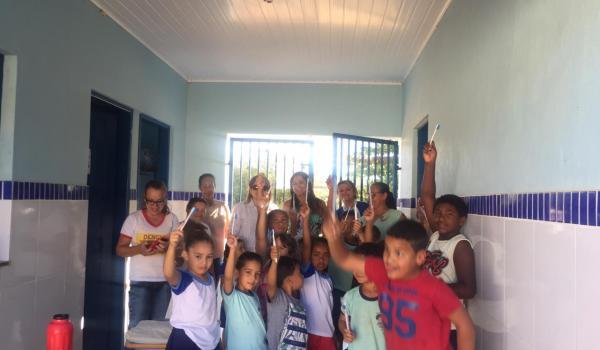 Palestra de saúde bucal em escolas do município
