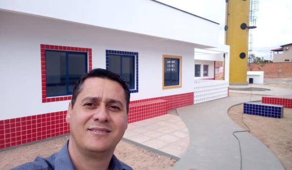 Secretário de Educação visita obras da Creche na Boa Vista